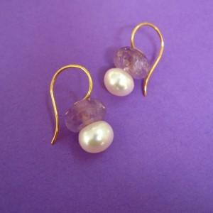 Amethyst 750 Gold Ohr Hänger mit weißer Perle