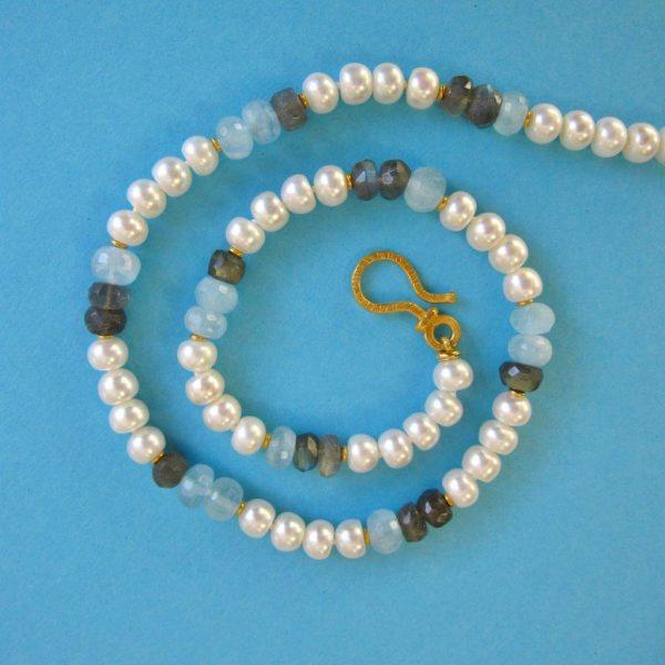 Perlen mit Aquamarin und Labradorit Kette