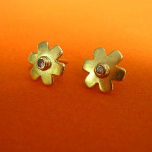 750 Gold Blüten Stecker mit Diamanten