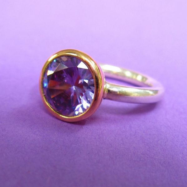 Sterling Silber Gold Ring Lila Zirkonia Stein