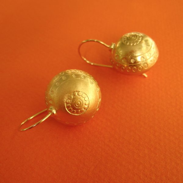 Runde, Kuglige Tara Ohrhänger verg. Silber, 585 Gold Bügel