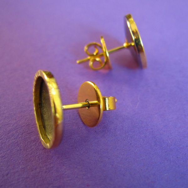 Runde Palladium und 750 Gold Ohrstecker Detail