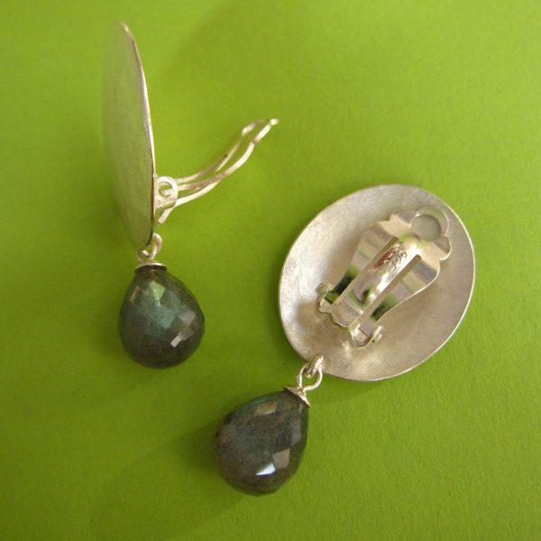 Sterling Silber Ovale Ohrclips mit Labradorit Detail