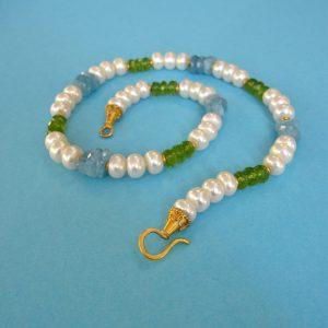 Aqua Peridot Perlen Frühlings Kette