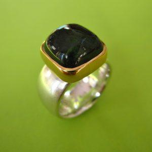 Turmalin Ring Carre Silber und 750 Gold Fassung