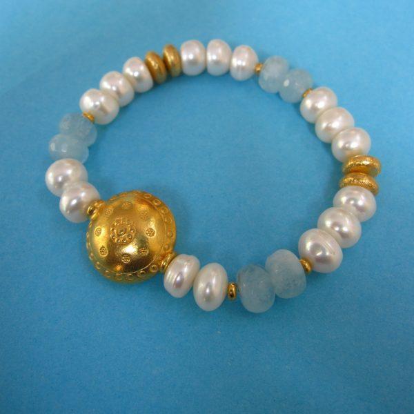 Aquamarin und Perlen Armband