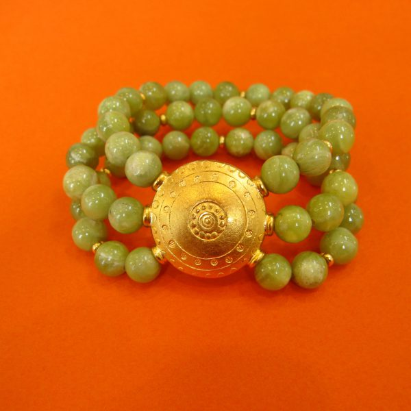 Chrysopras Armband 3-fach mit rundem verziertem Ornament