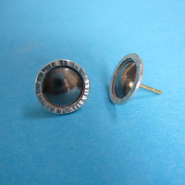 Runde Palladium Silber Sonne Ohrstecker Detail