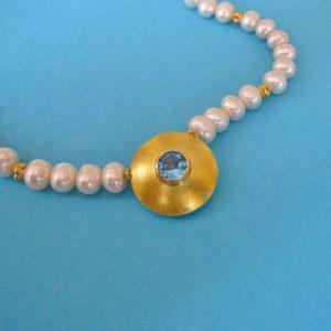 Perlencollier mit Blautopas