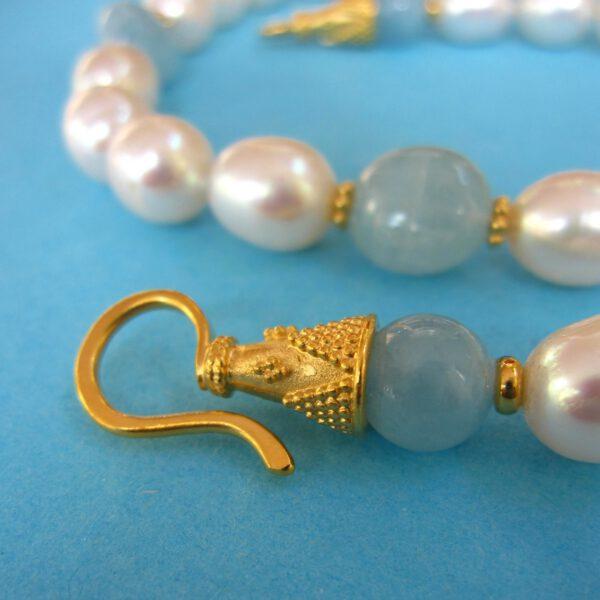 Perlencollier mit Aquamarin Detail