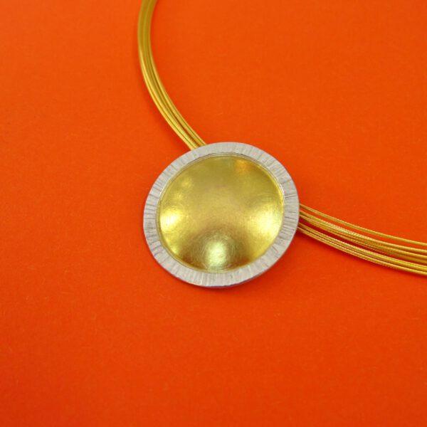 Runder Sonnenanhänger Silber und Gold