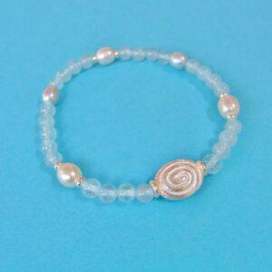Zartes Aquamarin Armband mit ovaler Silber Spirale